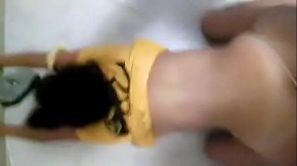Morrita de perrito gritando